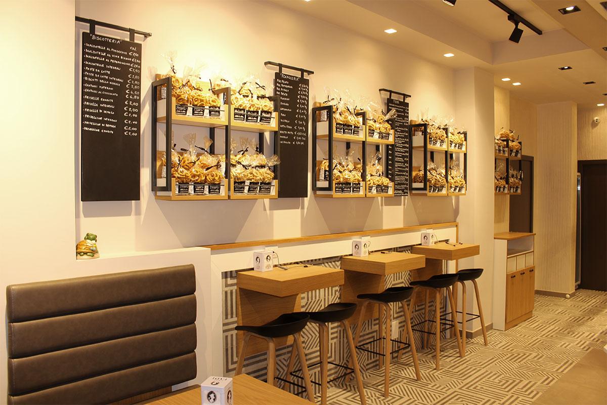 gallery-6-panegusto-prodotti-da-forno-pane-caffetteria-pizzeria-pasticceria-panetteria-gastronomia-focacceria-matera